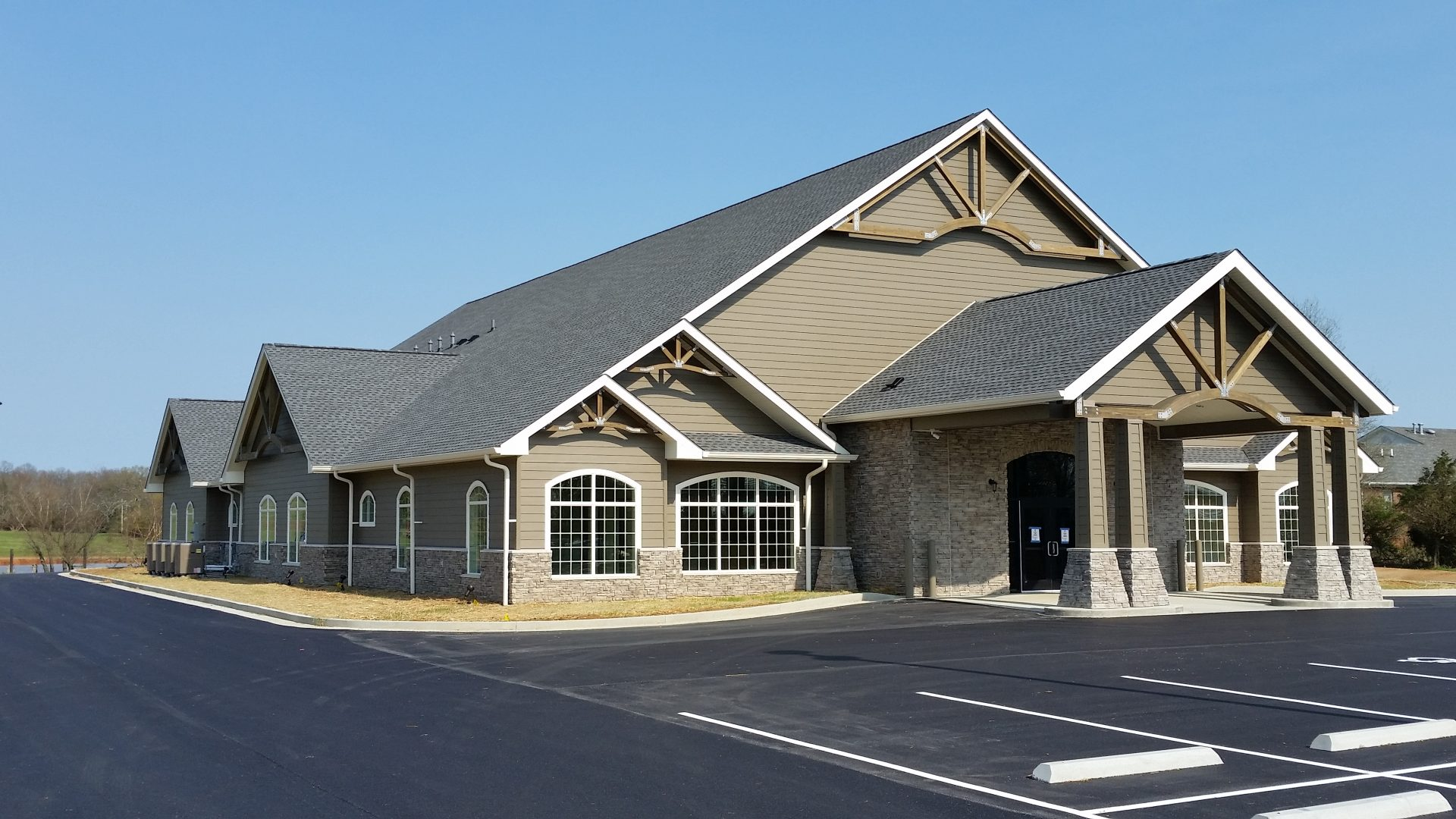 Exterior Photo - CHCWK Russellville
