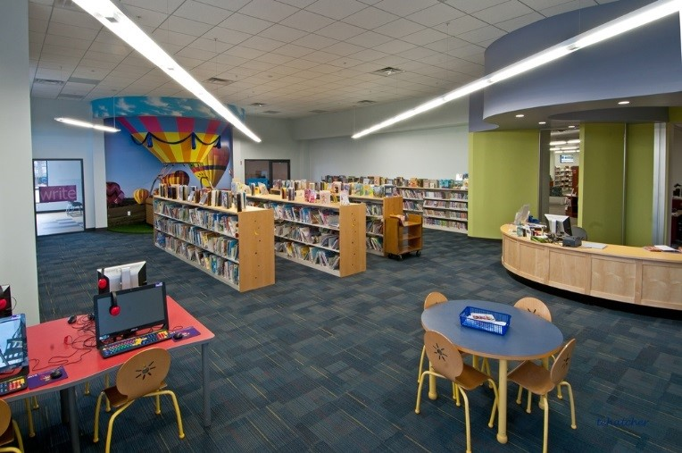 Bob Kirby Library int 3